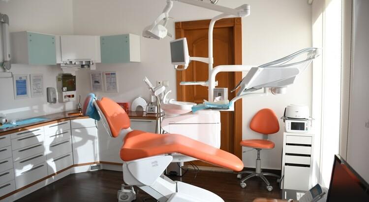 Odontologijos klinika – kaip sėkmingai valdyti procesus internetu